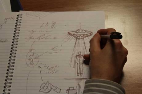 sara_disegno-alieno